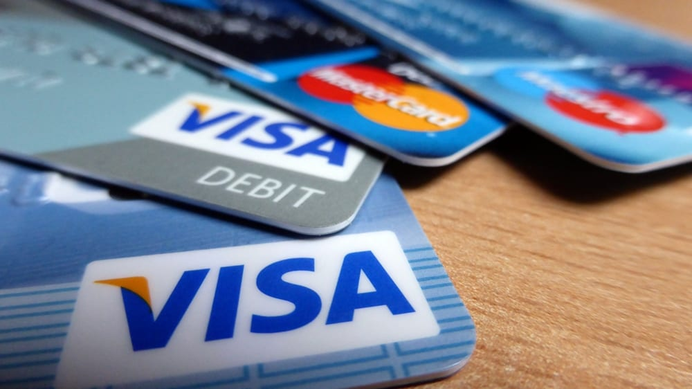 Photo of The Joys and Pitfalls of Owning a Credit Card in Singapore