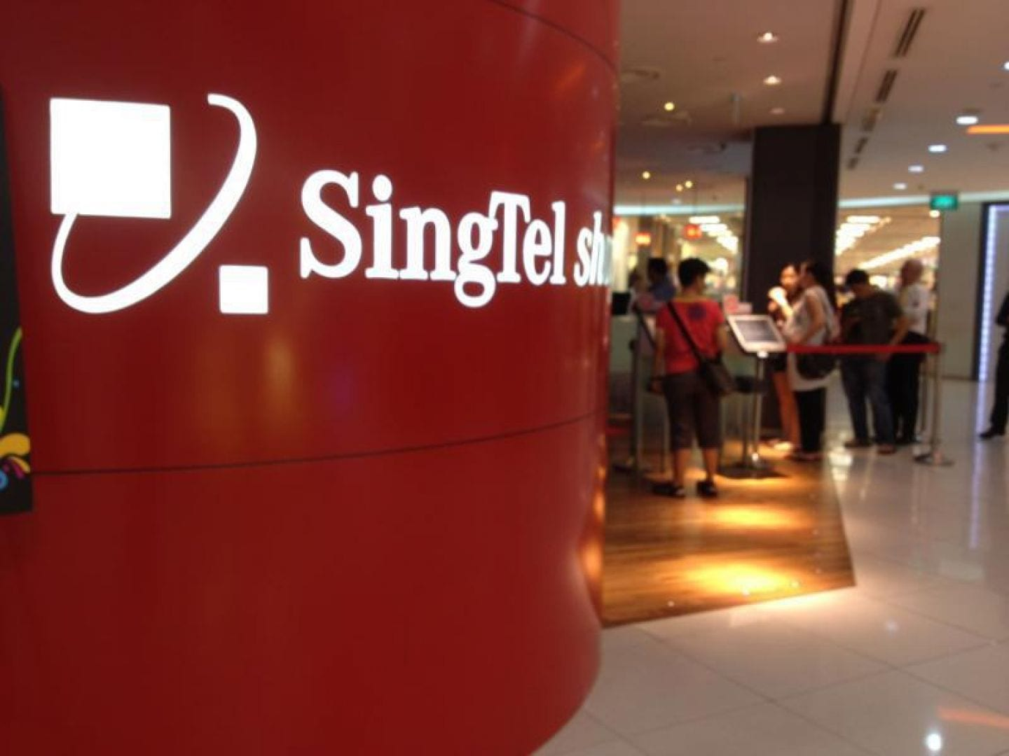 Photo of The battle of the telcos: 6 things you need to know about Singtel