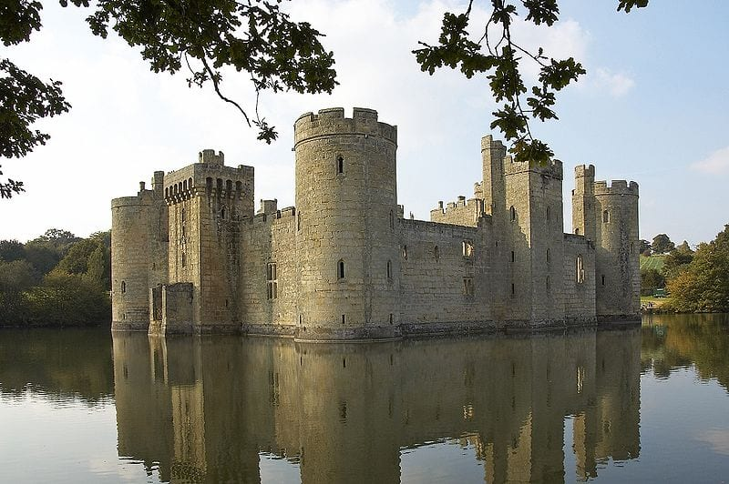 Photo of 5 economic moats I look for in a company before investing