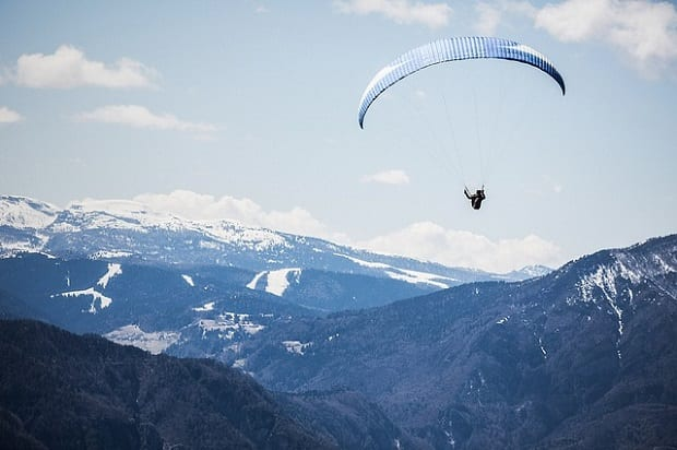 Photo of Do you have these 2 financial parachutes ready before you invest?