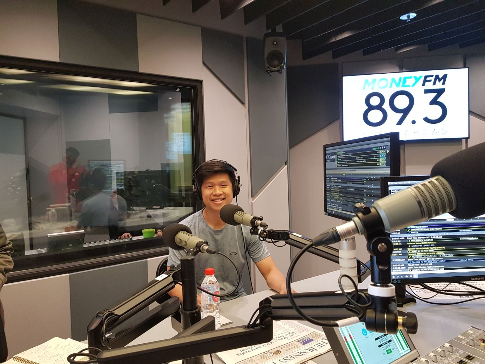 Photo of Money FM 89.3: Companies to watch: BreadTalk, CapitaMall and Cosco Shipping HK