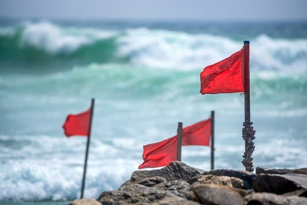Photo of 5 management red flags you need to watch out for before you invest in a stock
